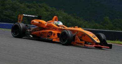 F3 Japonesa: Roberto Streit avalia como positivo primeiro dia de treino em Fuji
