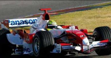F1: Toyota testa em Jerez antes da abertura da temporada