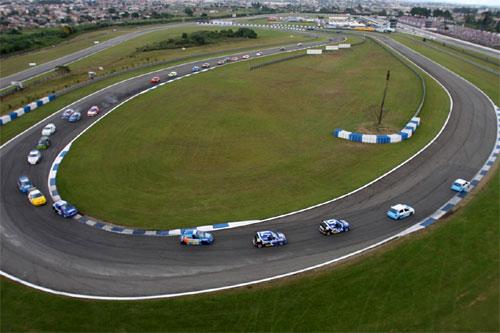 Copa Clio: Pilotos aprovam novo motor após etapa de Curitiba