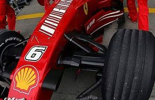 F1: Ferrari e McLaren duelam em Nürburgring
