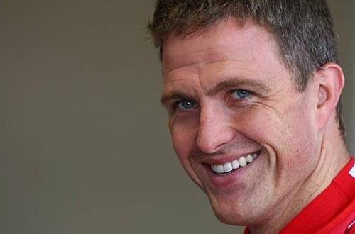 F1: Ralf surpreende e coloca Toyota na frente em Silverstone
