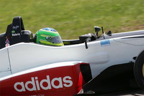 F3 Inglesa: Equipes já se preparam para corrida em Monza
