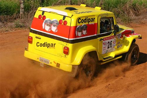 Rally: Willem e Doris sofrem acidente na estréia da dupla no Brasileiro Cross Country