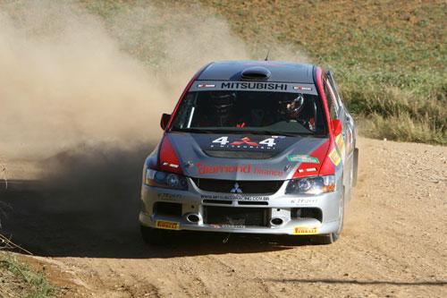 Rally: Spinelli e Vívolo terminam em 3º. no Rally da Graciosa