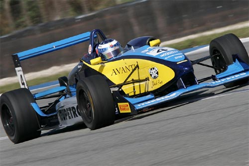 F3 Sulamericana: Fábio Beretta atrás dos pontos perdidos