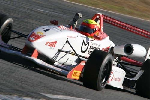 F3 Sulamericana: Clemente Jr. vence a segunda em Brasília e dispara na liderança