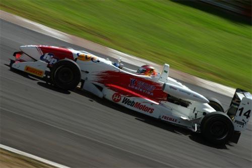 F3 Sulamericana: Felipe Ferreira sustentou a pole position até ter problemas de câmbio