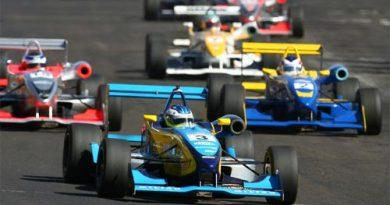F3 Sulamericana: Quebra de câmbio obriga abandono de Navarro em Tarumã