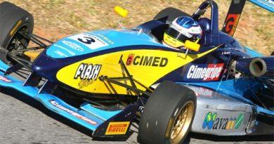 F3 Sulamericana: Denis Navarro abandona na 12ª volta em Brasília