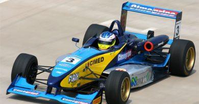 F3 Sulamericana: Denis Navarro não pode brigar por melhores posições devido a problemas no motor
