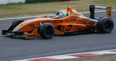 F3 Japonesa: No pódio, Streit comemora 2º lugar e evolução do carro em Fuji