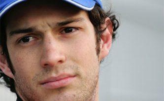 GP2 Series: Motor e freios complicam vida de Bruno Senna