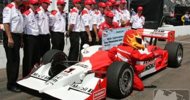IRL: Castroneves marca a pole no circuito misto de St. Petersburgo