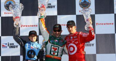 IRL: Tony Kanaan vence GP de Detroit. Dario Franchitti retoma liderança do campeonato