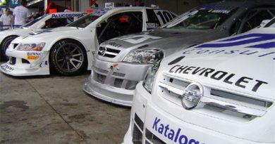 Stock Light: Acidentes tiram pilotos da Katalogo Racing da zona de pontos em Interlagos