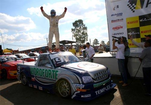 Pick-Up: Heinen vence de ponta-a-ponta em Tarumã