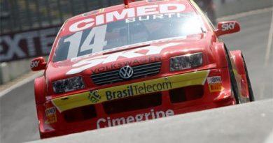 Stock: Luciano Burti e a velha história dos pneus. Agora, em Curitiba