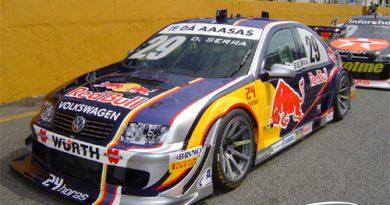 Stock: Daniel Serra conquista pole na abertura em Interlagos