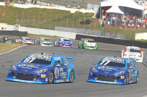 Stock: Neo Química-Neosoro/JF Racing coloca seus dois carros na zona de pontos