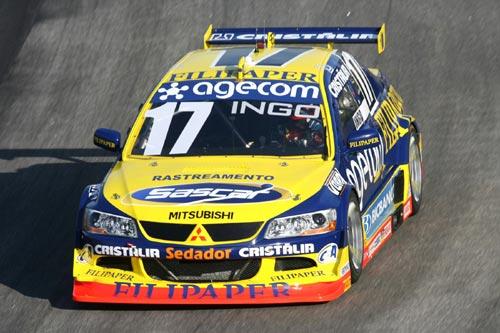 Stock: Hoffmann larga em sexto em Interlagos