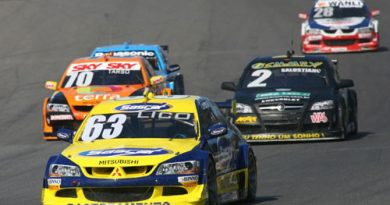 Stock: Incidente tira Kaesemodel da corrida em Buenos Aires