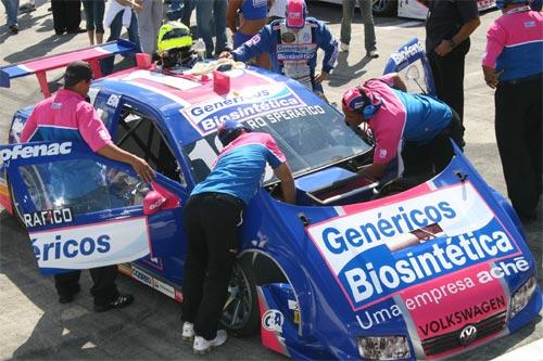 Stock: Rodrigo Sperafico fará acertos do carro durante treino classificatório