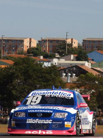 Stock: Rodrigo Sperafico termina em 11º e se mantém entre os 10 no campeonato