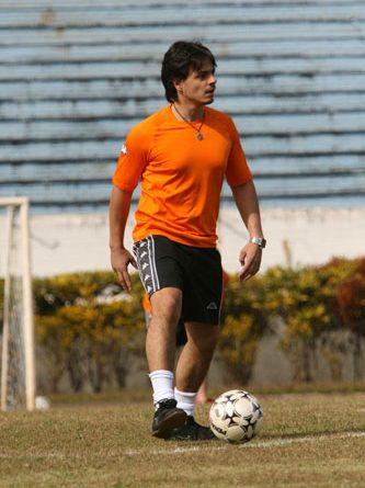 Stock: Recuperado, Thiago Marques joga futebol com pilotos da Stock