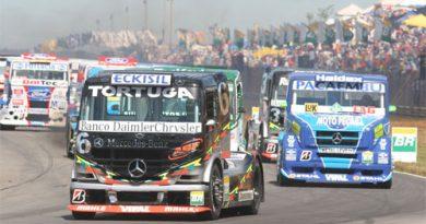 Truck: Mercedes-Benz tenta repetir trinca de 2005