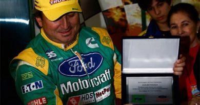 Truck: Djalma Fogaça foi homenageado pelos 25 anos de automobilismo