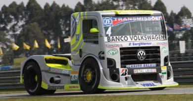Truck: Concorrentes ao título dominam treinos em Curitiba