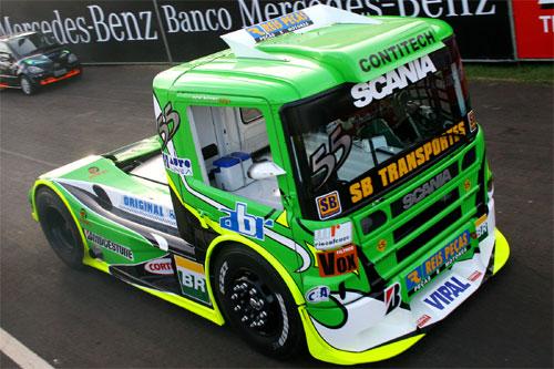 Truck: Goiano Zé Maria completa apenas 11 voltas nesta sexta