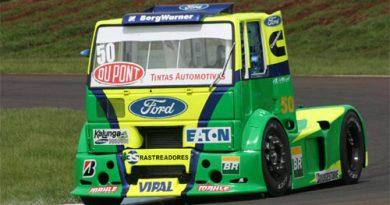 Truck: Beto Monteiro larga da primeira fila em Cascavel