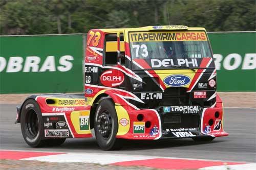 Truck: Quebra de virabrequim tira pódio de Leandro Totti em Fortaleza