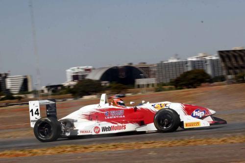 F3 Sulamericana: Felipe Ferreira vai largar apenas da sexta fila