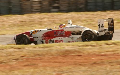 F3 Sulamericana: Felipe Ferreira fica entre os primeiros mesmo sem treinar