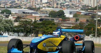 F3 Sulamericana: Fábio Beretta larga na 3ª fila em Londrina