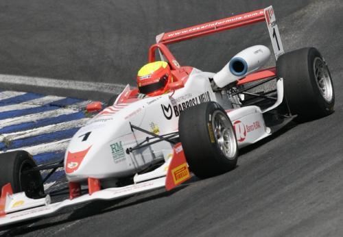 F3 Sulamericana: Clemente Júnior faz o melhor tempo no 1º treino oficial