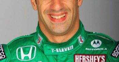 """IRL: Tony Kanaan é convidado para o """"Ferrari Day"""""""