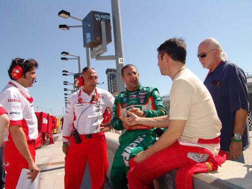 IRL: Kanaan e Câmara no Ferrari Day em Miami