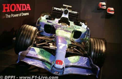 F1: Barrichello diz que ainda confia em seu carro