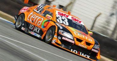 Stock: Maluhy é atrapalhado e perde chance de largar entre os 10 primeiros em Curitiba