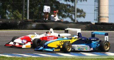 F3 Sulamericana: Denis Navarro marcou pontos neste domingo e é o 3º no campeonato