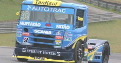 Truck: Muffato satisfeito com evolução do motor