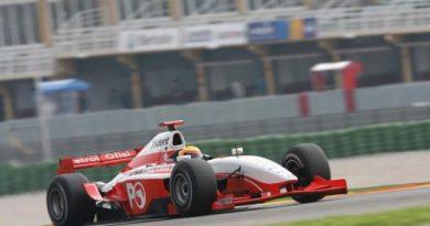 GP2 Series: Pizzonia vai conhecer a sede de sua equipe e passar o carnaval testando na Europa