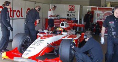 GP2 Series: Duelo entre ex-pilotos da Fórmula 1 marca a primeira sessão de testes