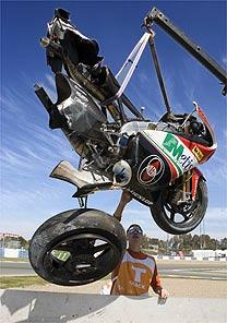 MotoGP: Locatelli começa a ser retirado do coma induzido