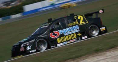 Stock: Pedro Gomes garante pole em treino com 47 pilotos separados por menos de um segundo