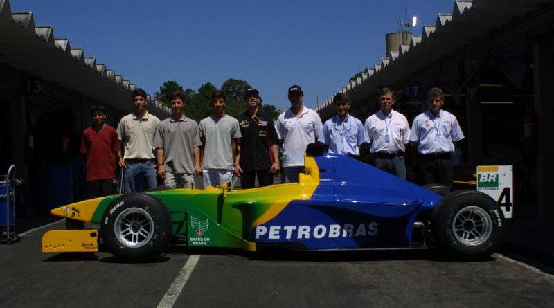Stock: Clã Sperafico mantém paixão por automobilismo