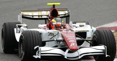 F1: Giedo van der Garde processa a equipe Force India